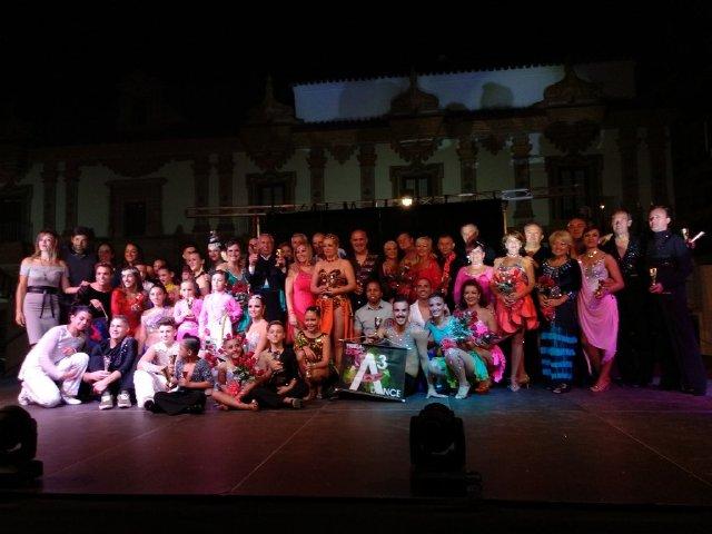 Actualidad Actualidad Éxito del primer día del Campeonato Internacional y Autonómico de Andalucía de Baile Retro celebrado en el Palacio de la Merced de Córdoba