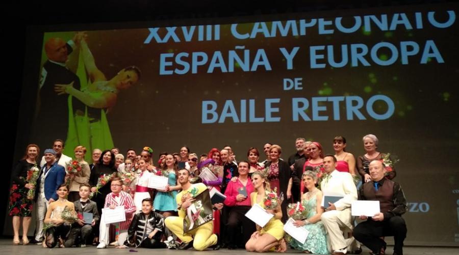 Actualidad Actualidad El Baile Artístico cautivó con unas originales coreografía de estilos libres al público asistente al Palacio de la Paz de Fuengirola
